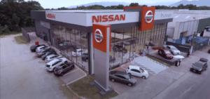 Fachada da terceira loja Nissan inaugurada